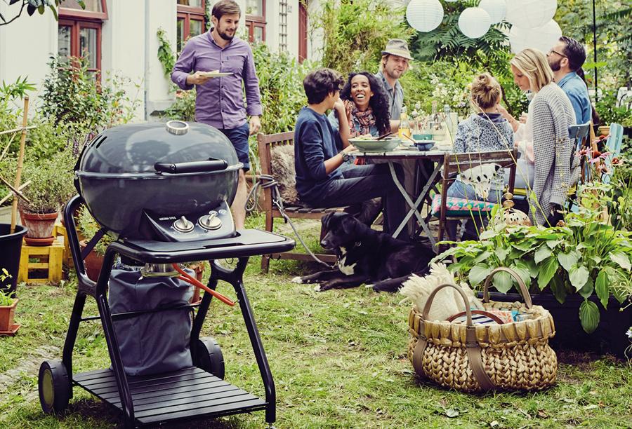 Ψησταριά υγραερίου BBQ Outdoorchef -H καρδιά των ψησταριών Kettle της OUTDOORCHEFείναι το σύστημαEASY FLIP, ένα τέλειο παράδειγμα για την καινοτομία των μηχανικών της OUTDOORCHEF.